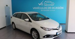 TOYOTA Auris 1.8 140H Active Touring Sports 5p. – Híbrido