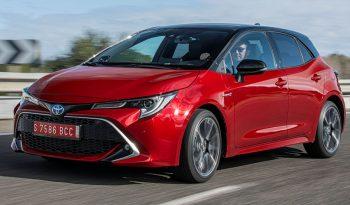 Toyota Corolla Hatchback Hybrid lleno